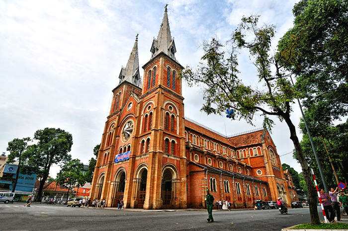 Notre Dame Cathedral ho-chi minh city tour half day
